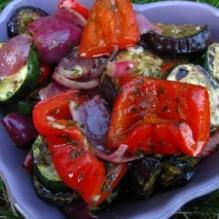 Grillade grönsaker i vitlöksvinägrett