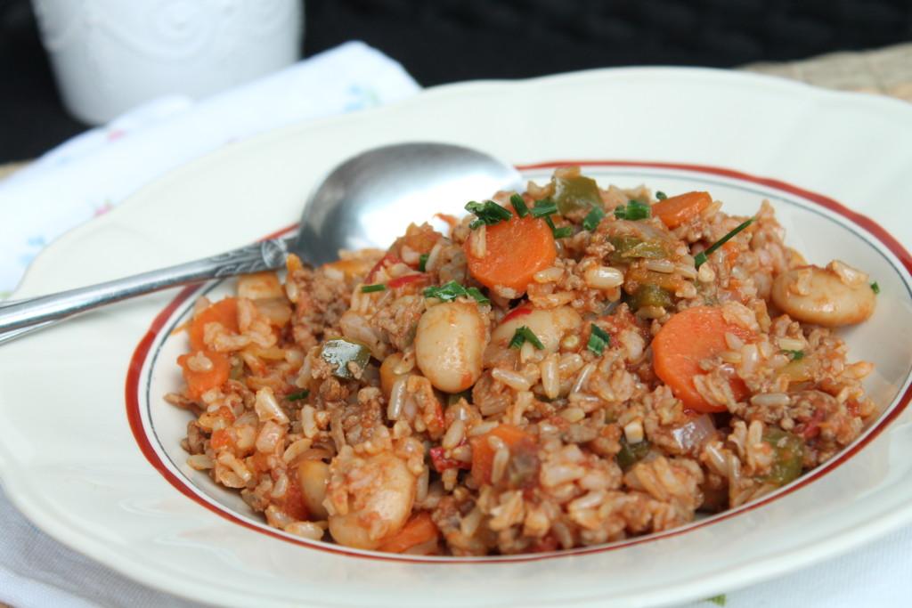 vardagsmat allt i ett gryta köttfärs ris vita bönor morot paprika