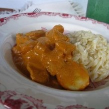 Multifunktionell currysås