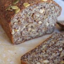 LCHF-bröd med valnötter