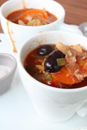 Tonfisksoppa i kopp