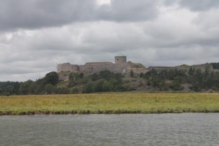 Bohus fästning från vattnet sett