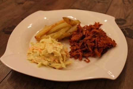 Pulled pork med coleslaw och klyftpotatis