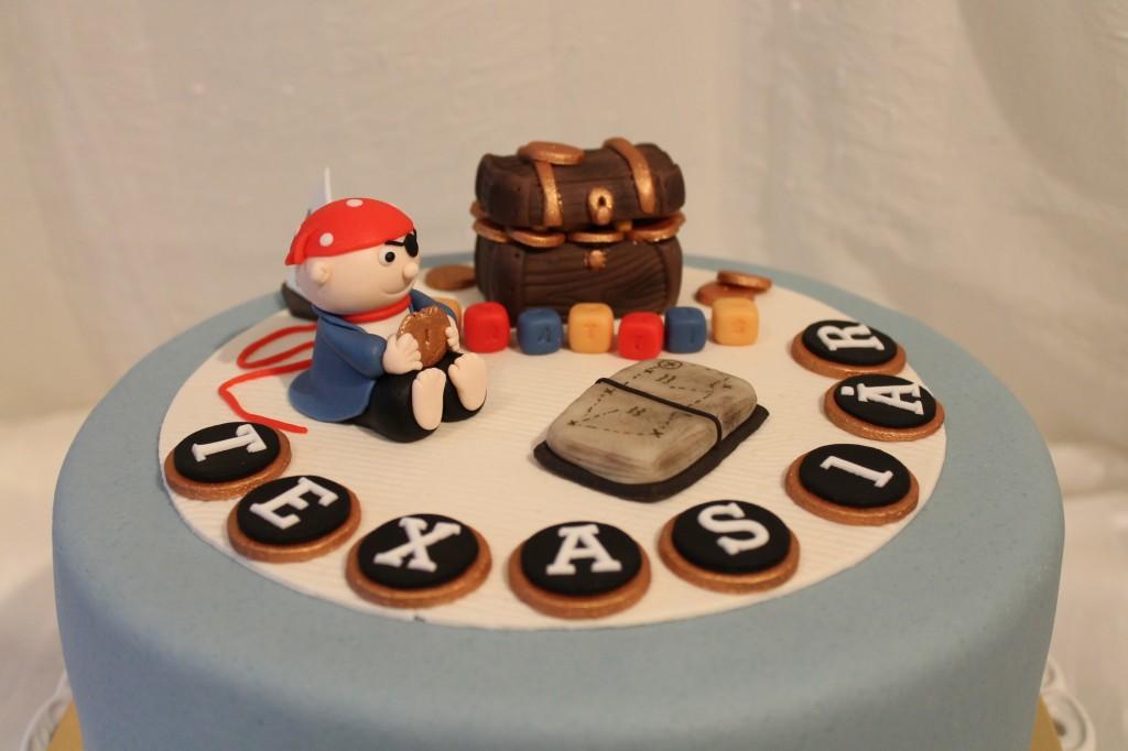 Tårta med piratttema