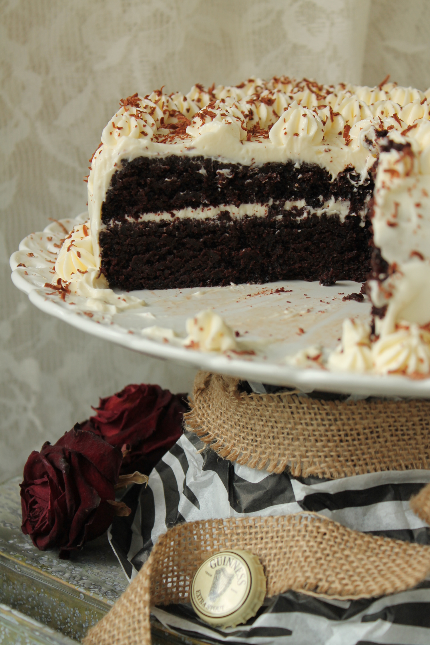 chokladtårta guinness frosting