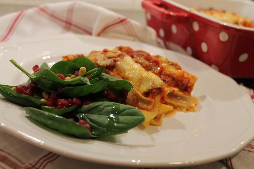 köttfärsrullar lasagneplattor sallad
