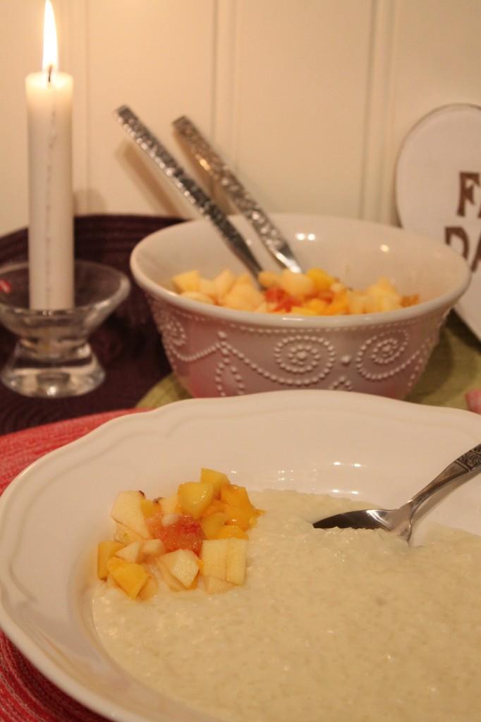 gammaldags risgrynsgröt fruktsallad mango
