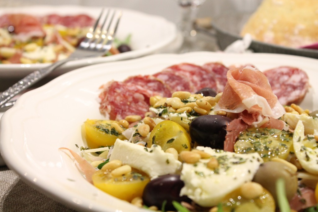 italiensk salladstallrik fredagsmysmat
