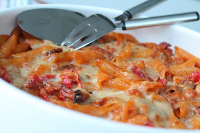 Paprigano pastagratäng bacon gratängsås