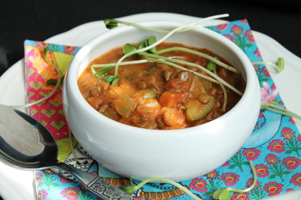 daal gröna linser indisk soppa vegetarisk