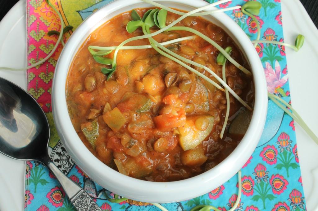 indisk daal gröna linser kokosmjölk indisk kryddblandning vegetarisk