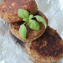 biffar tonfisk champinjoner ägg ströbröd vispgrädde vitlök