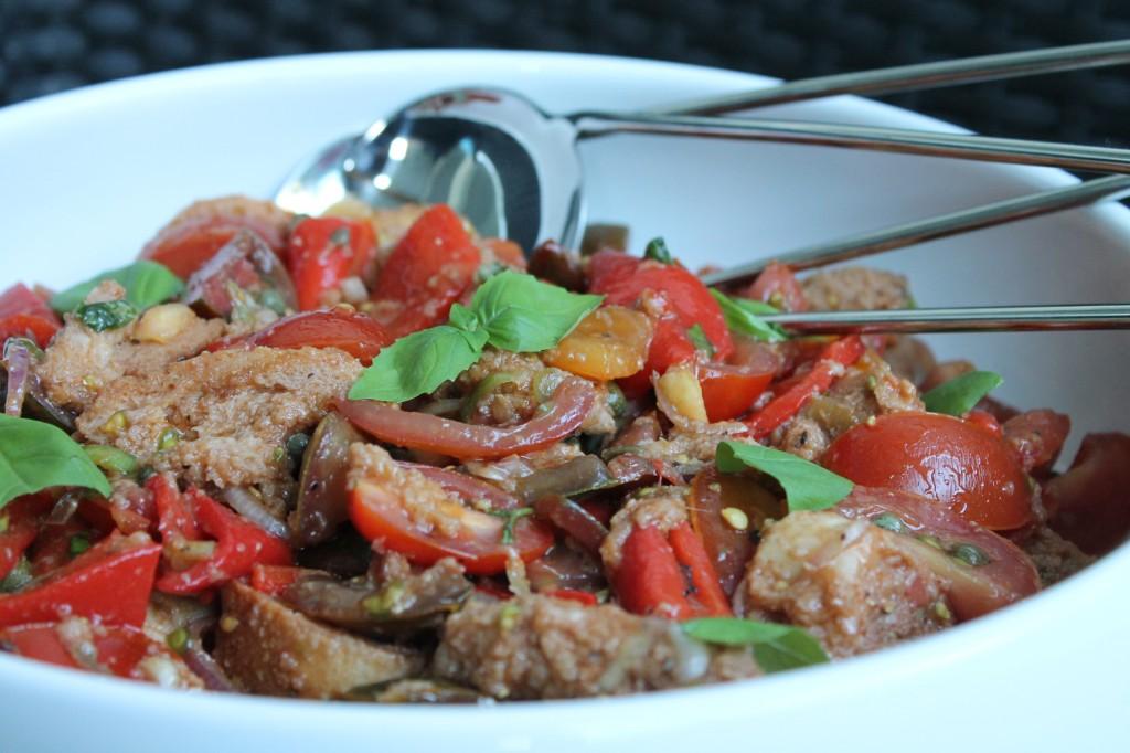 jamie oliver italiensk tomat- och brödsallad