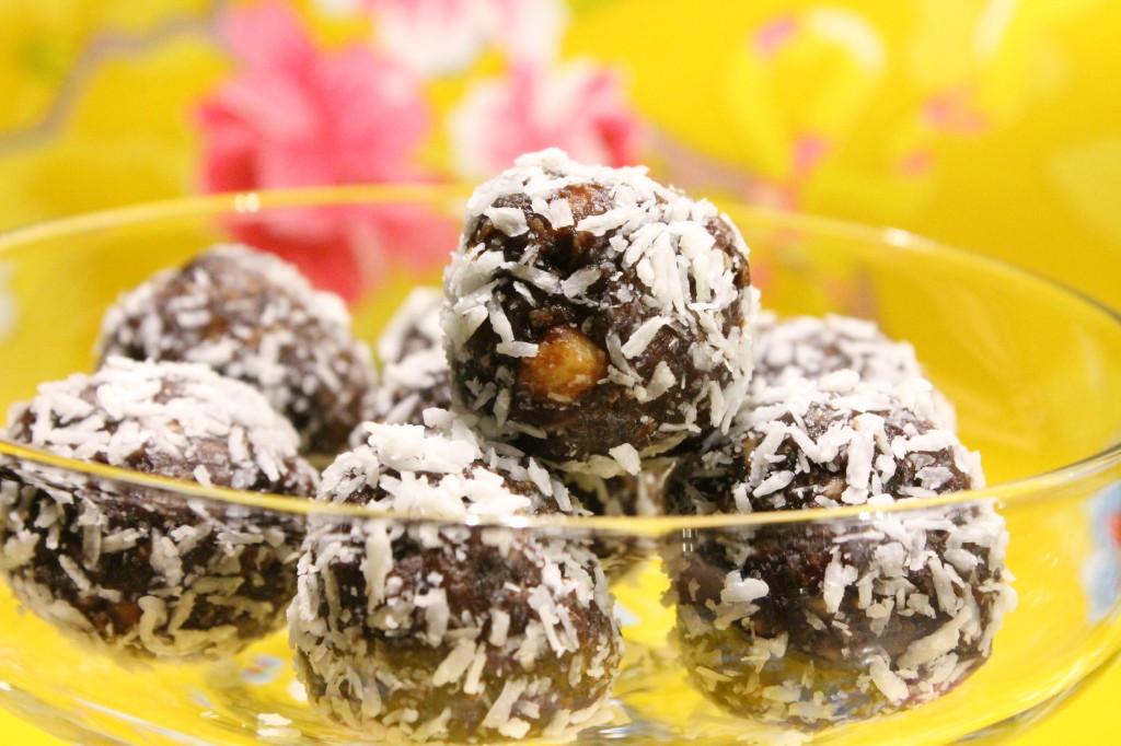 chokladbollar jordnötssmör kaffe vaniljpulver