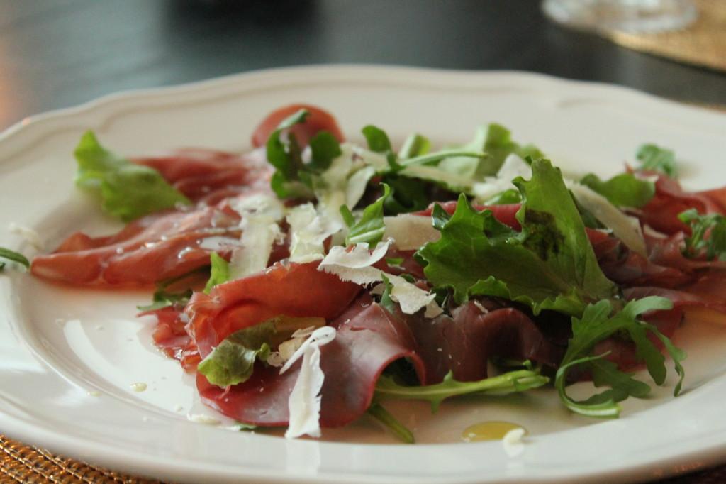 bresaola förrätt parmesanost olivolja sallad
