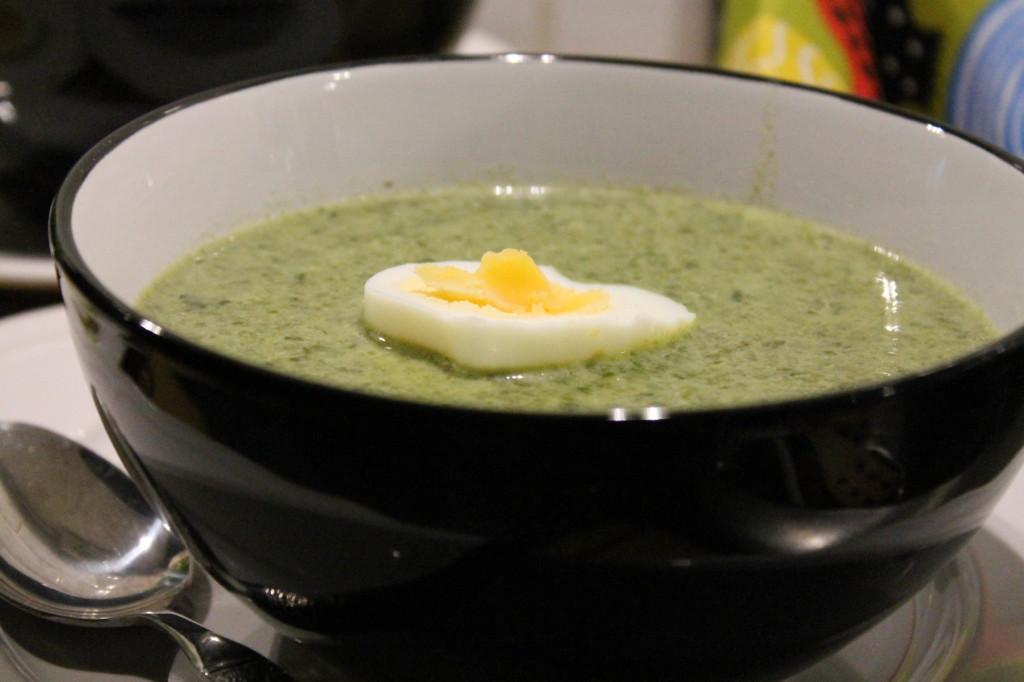 grönkålssoppa grönkål ägghalvor vispgrädde