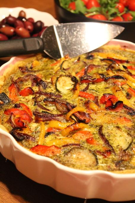 pestopaj ugnsbakade grönsaker ägg