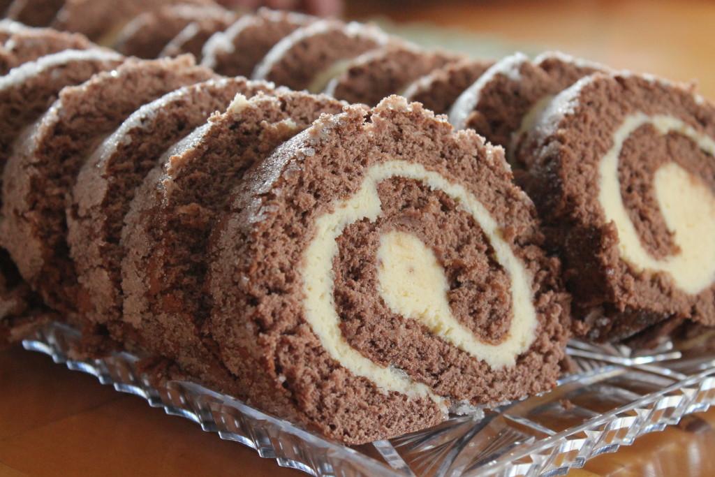 drömtårta glutenfri smörkräm potatismjöl rulltårta kakao