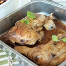 kycklingklubbor ugn citronmeliss ingefärapulver vardagsmat bönsallad