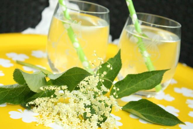 flädersaft fläder fläderblomssaft citron lime citronsyra