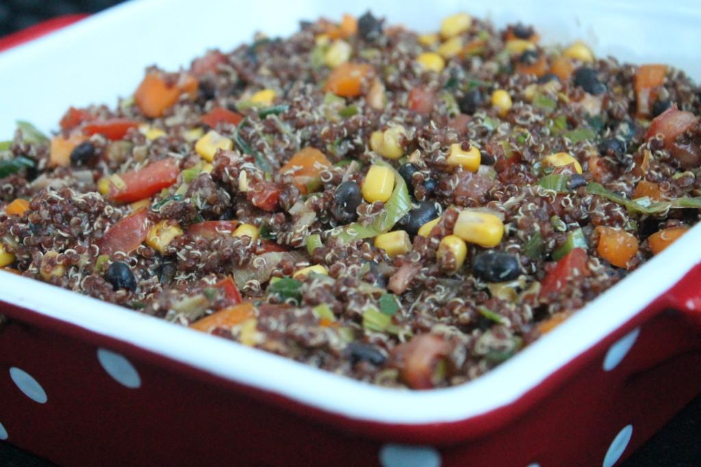 vegetarisk tacogratäng quinoa grönsaker