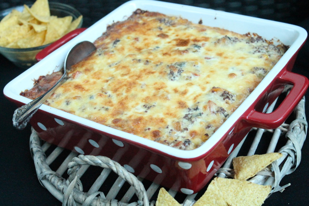 vegetarisk tacogratäng quinoa bönor majs paprika tomat västerbottensost tortillachips