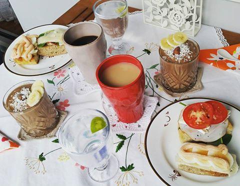 frukost chokladsmoothie söndag helg
