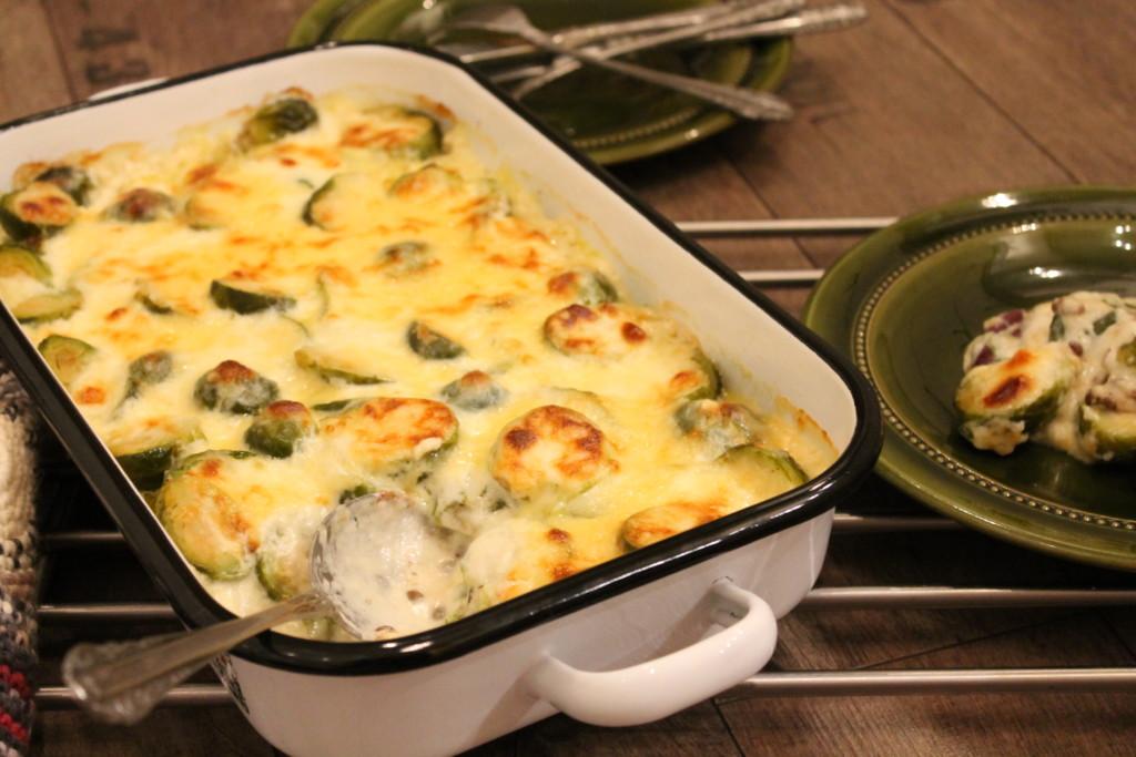 vegetarisk gratäng brysselkål linser kidneybönor västerbottensost