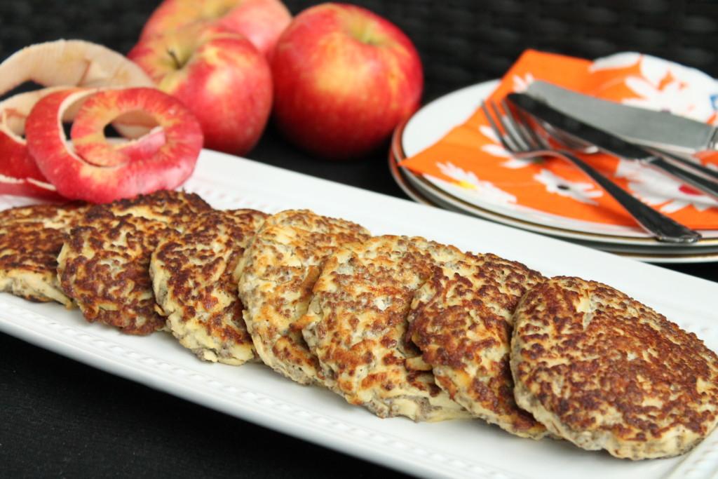 äppelplättar glutenfria chiafrön ägg höst äpple frukost agneta sjödin av egen kraft