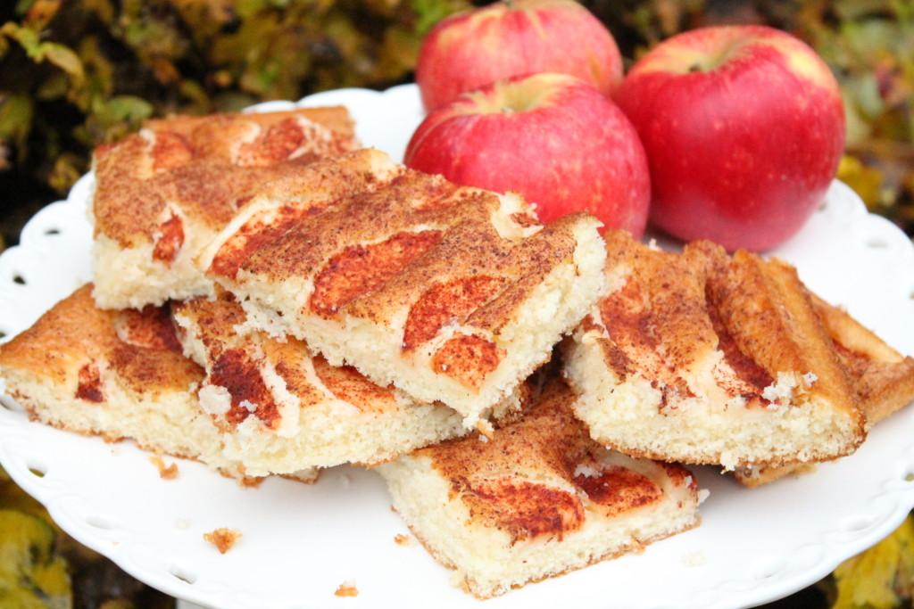 ritas äppelkaka långpanna äpplen kanel