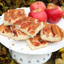 ritas äppelkaka höst äpplen kanel långpanna