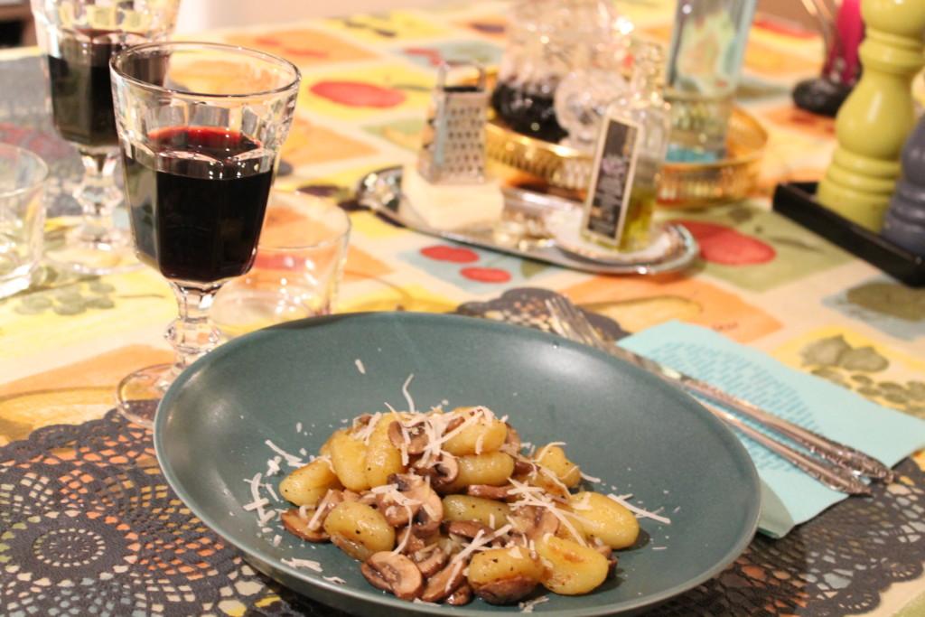 gnocchi vitlök kastanjechampinjoner vegetariskt parmesanost tryffelolja fredagsmysmat