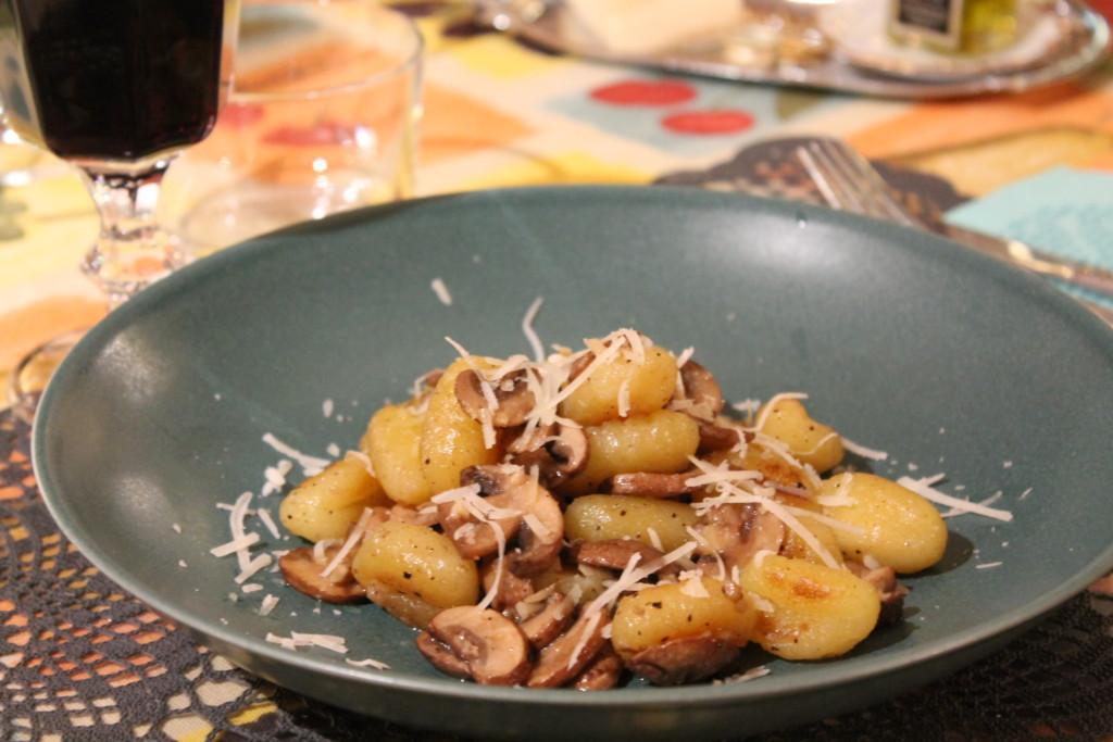 gnocchi vitlök kastanjechampinjoner fredagsmysmat parmesanost vegetariskt tryffelolja