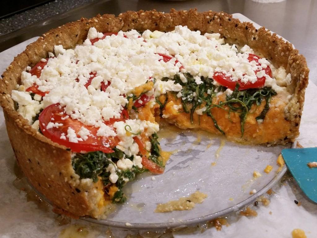 sötpotatispaj ruccola vegetarisk sötpotatis fetaost tomat glutenfri